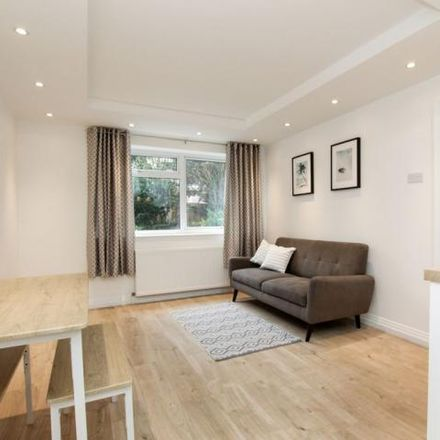 Rent this 2 bed apartment on Dunraven Drive in London EN2 8HW, United Kingdom