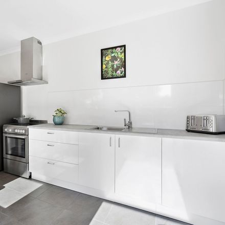 Rent this 1 bed room on 37 Jane Street