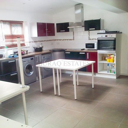 Rent this 2 bed house on Mauldeth Road in Manchester M20 4NE, United Kingdom