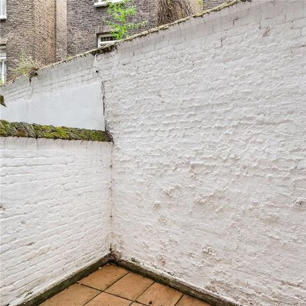 Rent this 2 bed apartment on Courtfield Gardens (East) in Courtfield Gardens, London SW5 0NF