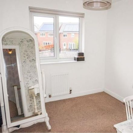 Rent this 3 bed house on 7 Malvern Court in Wrenthorpe, WF1 2FG