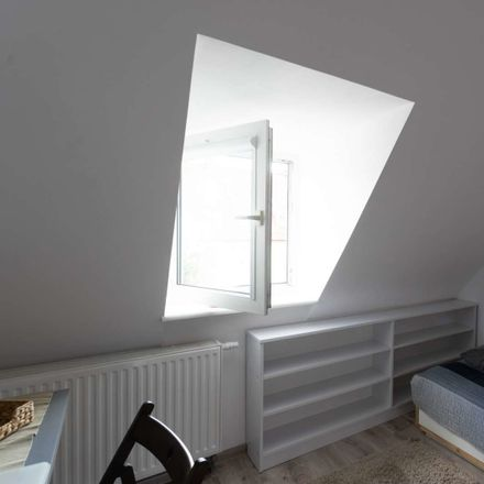 Rent this 3 bed room on Dzielna 76 in 80-404 Gdansk, Poland