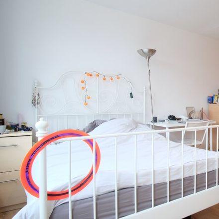 Rent this 4 bed apartment on 46 Lyneham Walk in London E5 0EL, United Kingdom