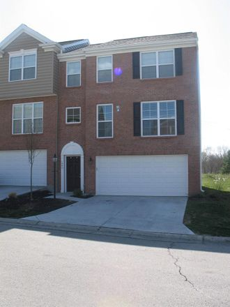 Rent this 3 bed townhouse on Cedar Ter in Union, KY