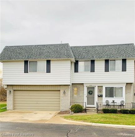 Rent this 4 bed condo on 15 Mile Rd in Sterling Heights, MI