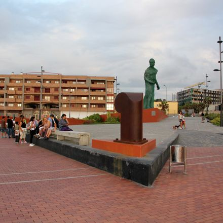 Rent this 1 bed apartment on Calle Alfredo L. Jones in 35, 35007 Las Palmas de Gran Canaria