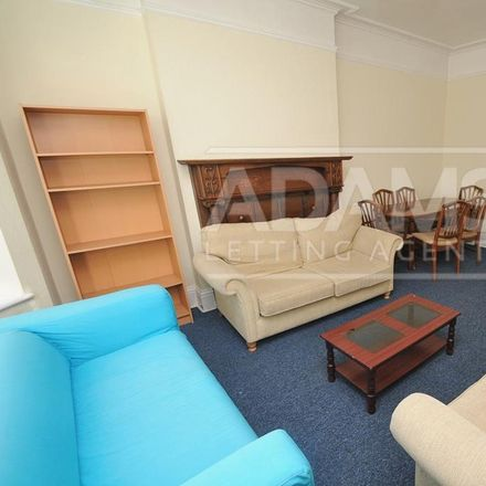Rent this 6 bed house on Fitzharris Avenue in Bournemouth BH9 1BZ, United Kingdom