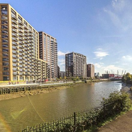 Rent this 2 bed apartment on Harmony Building in 31 City Island Way, London E14 0QE