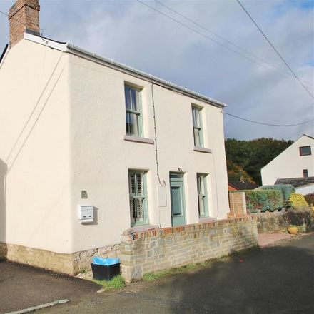 Rent this 3 bed house on Wern View in Forest of Dean GL14 2LJ, United Kingdom