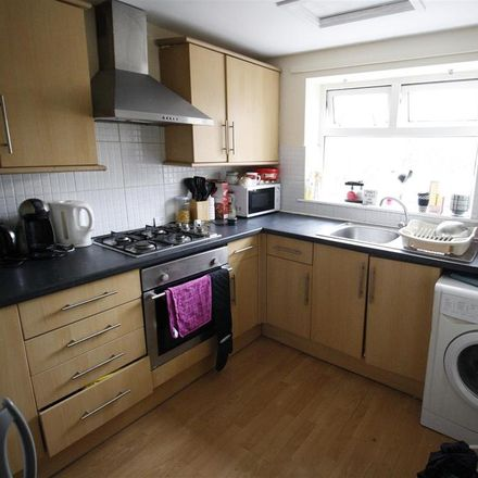 Rent this 3 bed apartment on Bedford Street in Cardiff CF, United Kingdom