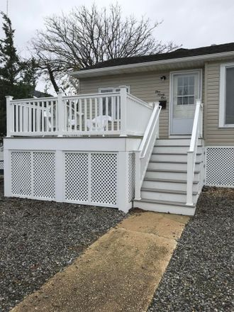 Rent this 3 bed house on 191 4th Avenue in Manasquan, NJ 08736
