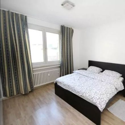 Rent this 3 bed apartment on Kapuzinergasse 14 in 40213 Dusseldorf, Germany