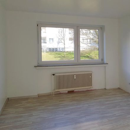 Rent this 3 bed apartment on Röttgen 125 in 42109 Wuppertal, Germany