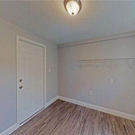 Rent this 3 bed house on Saint Sophia Street in Tampa, FL