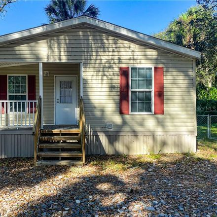 Rent this 2 bed house on Co Rd 426B in Lake Panasoffkee, FL