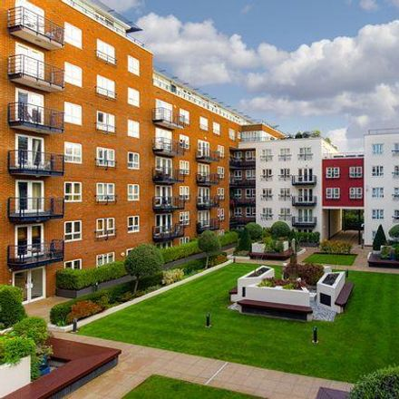 Rent this 2 bed apartment on Wood Street in Kingston, London KT1 1UJ