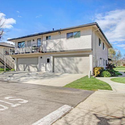 Rent this 2 bed condo on 6018 Nelda Street in Simi Valley, CA 93063