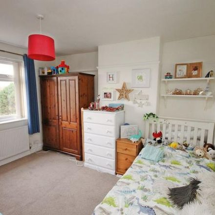 Rent this 3 bed house on Stockport Road in Warrington WA4 2TR, United Kingdom