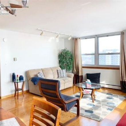 Rent this 2 bed apartment on Edgewater Terrace in 1707 North Prospect Avenue, Milwaukee