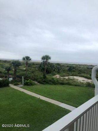 Rent this 2 bed apartment on Harbor Dr N in Frogmore, SC
