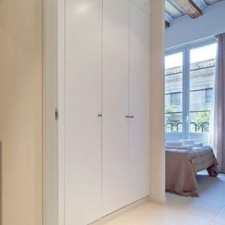 Rent this 3 bed apartment on Sense titol. Quatre Falques in Pla de Palau, CP 08003 Barcelona