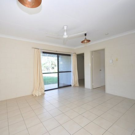 Rent this 2 bed apartment on 3/9 Veivers Close