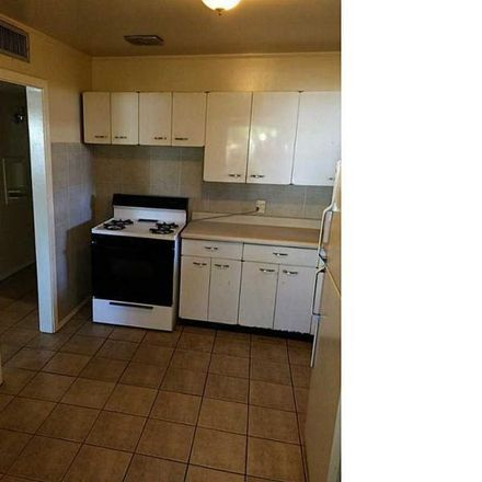 Rent this 3 bed apartment on 1422 Idlewilde Drive in El Paso, TX 79925