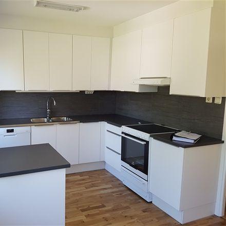 Rent this 4 bed apartment on Lasarettsgatan in 574 32 Vetlanda, Sweden