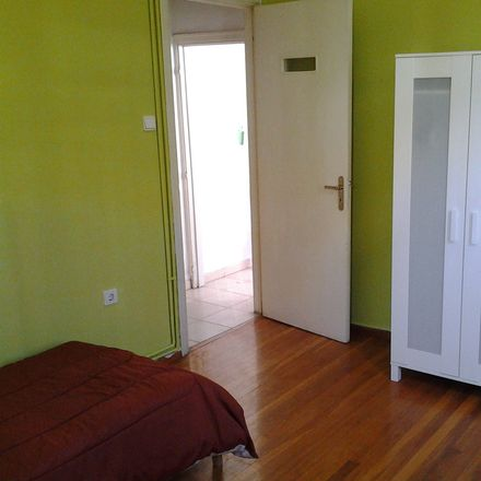 Rent this 5 bed room on Iakinthou 9 in Athina 113 64, Greece