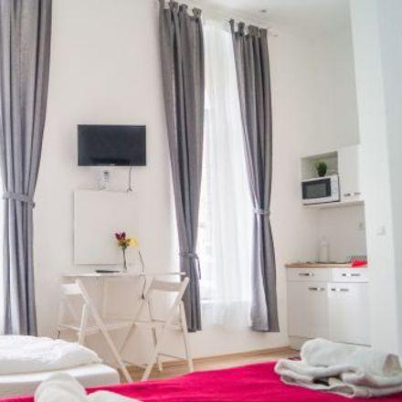 Rent this 1 bed apartment on Liebhartsgasse 11 in 1150 Vienna, Austria