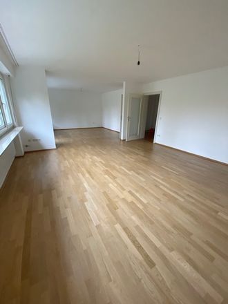 Rent this 4 bed apartment on Stephanienufer 1 in 68163 Mannheim, Germany