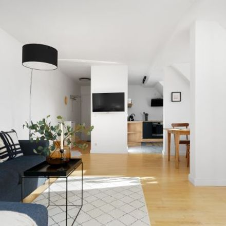 Rent this 4 bed apartment on Raabestraße 15 in 10405 Berlin, Germany
