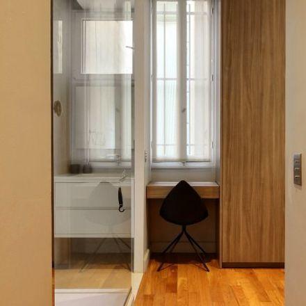 Rent this 3 bed apartment on 9 Avenue de la Bourdonnais in 75007 Paris, France