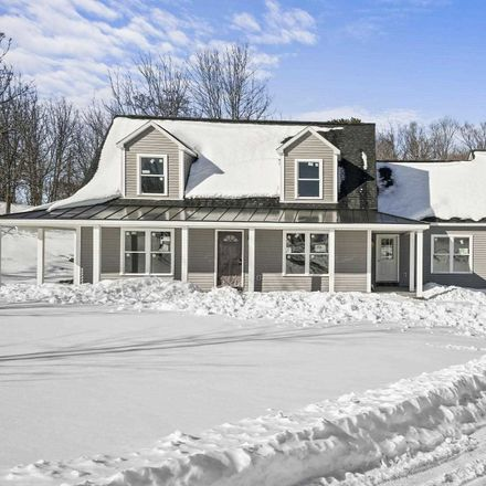 Rent this 4 bed house on 5 Rivercrest Ln in Marlboro, NY