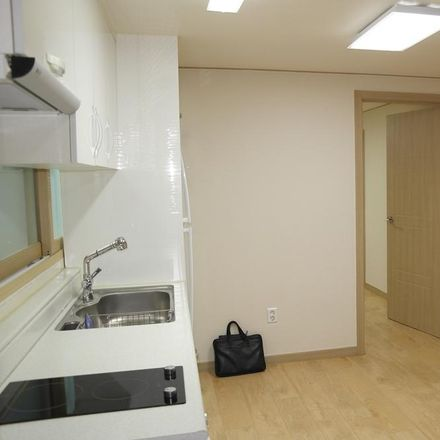 Rent this 2 bed apartment on 105-14 Hoegi-dong in Dongdaemun-gu, Seoul