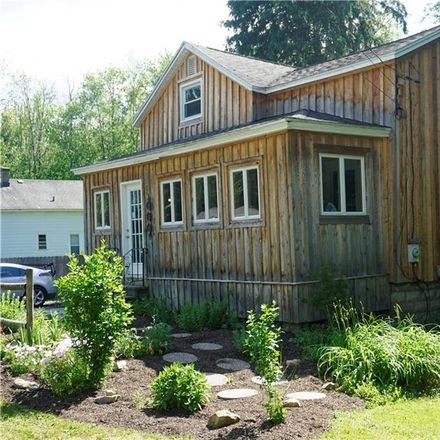 Rent this 3 bed house on 3859 State Street Road in Town of Skaneateles, NY 13152