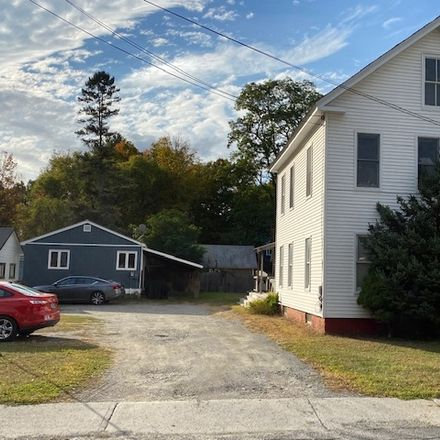 Rent this 4 bed apartment on 109 Central Street in Brattleboro, VT 05301
