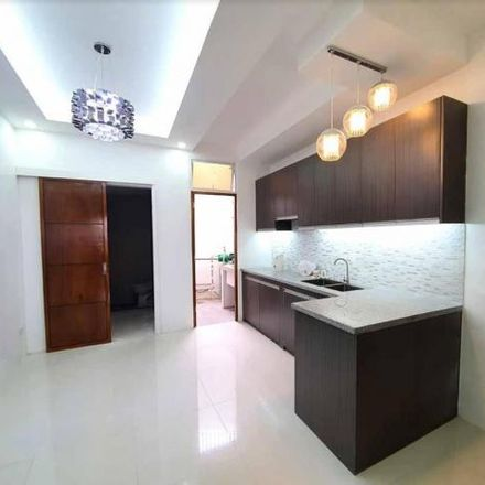 Rent this 4 bed townhouse on P. Tuazon Boulevard in Quezon City, 1109