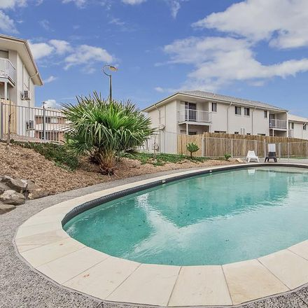 Rent this 3 bed townhouse on 28/45 Blaxland Crescent