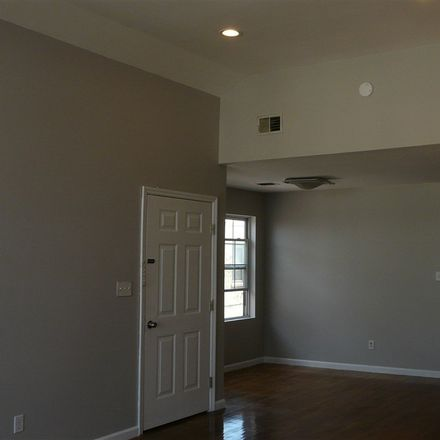 Rent this 3 bed duplex on 5408 Madison Street in West New York, NJ 07093