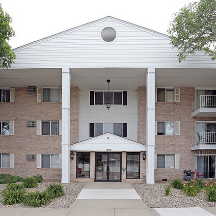 Rent this 2 bed apartment on 5193 West 38th Street in Sioux Falls, SD 57106
