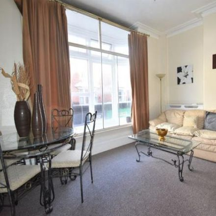 Rent this 1 bed apartment on 15 in 17 Woodpath, Portsmouth PO5 1JT