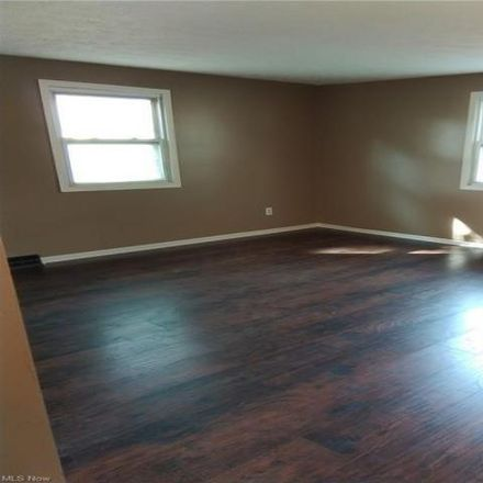 Rent this 4 bed house on 583 Freedom Avenue Northeast in Canton, OH 44704