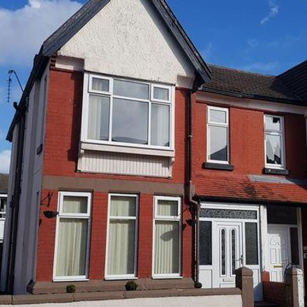 Rent this 4 bed house on Sefton Road in Wirral CH45 5BS, United Kingdom