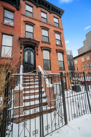 Rent this 4 bed loft on 50 Putnam Avenue in New York, NY 11238