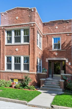 Rent this 5 bed duplex on 4205 North Bell Avenue in Chicago, IL 60618