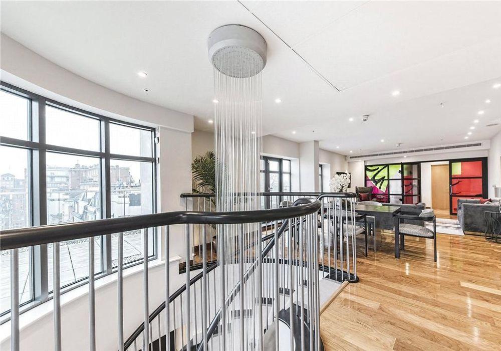 3 bed apartment at Oxford, Regent & Bond Street (ORB), 527 ...