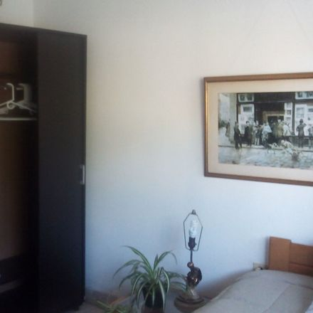 Rent this 4 bed room on Cra. 77b #49b-29 in Medellín, Antioquia