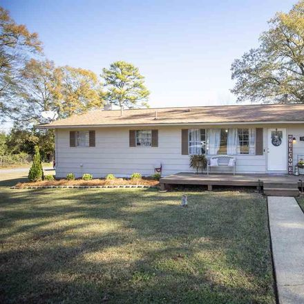 Rent this 3 bed house on 2835 Clyburne Street in Hueytown, AL 35023