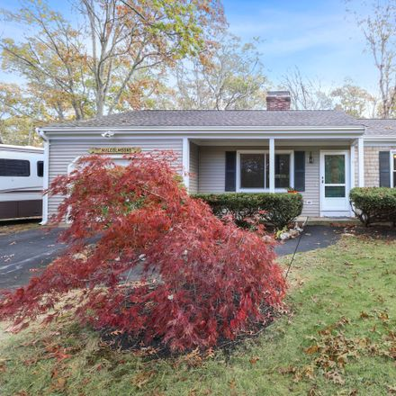 Rent this 3 bed house on 5 Bunker Circle in Sandwich, MA 02644